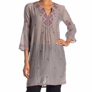 Johnny Was Ava Embroidered tunic top